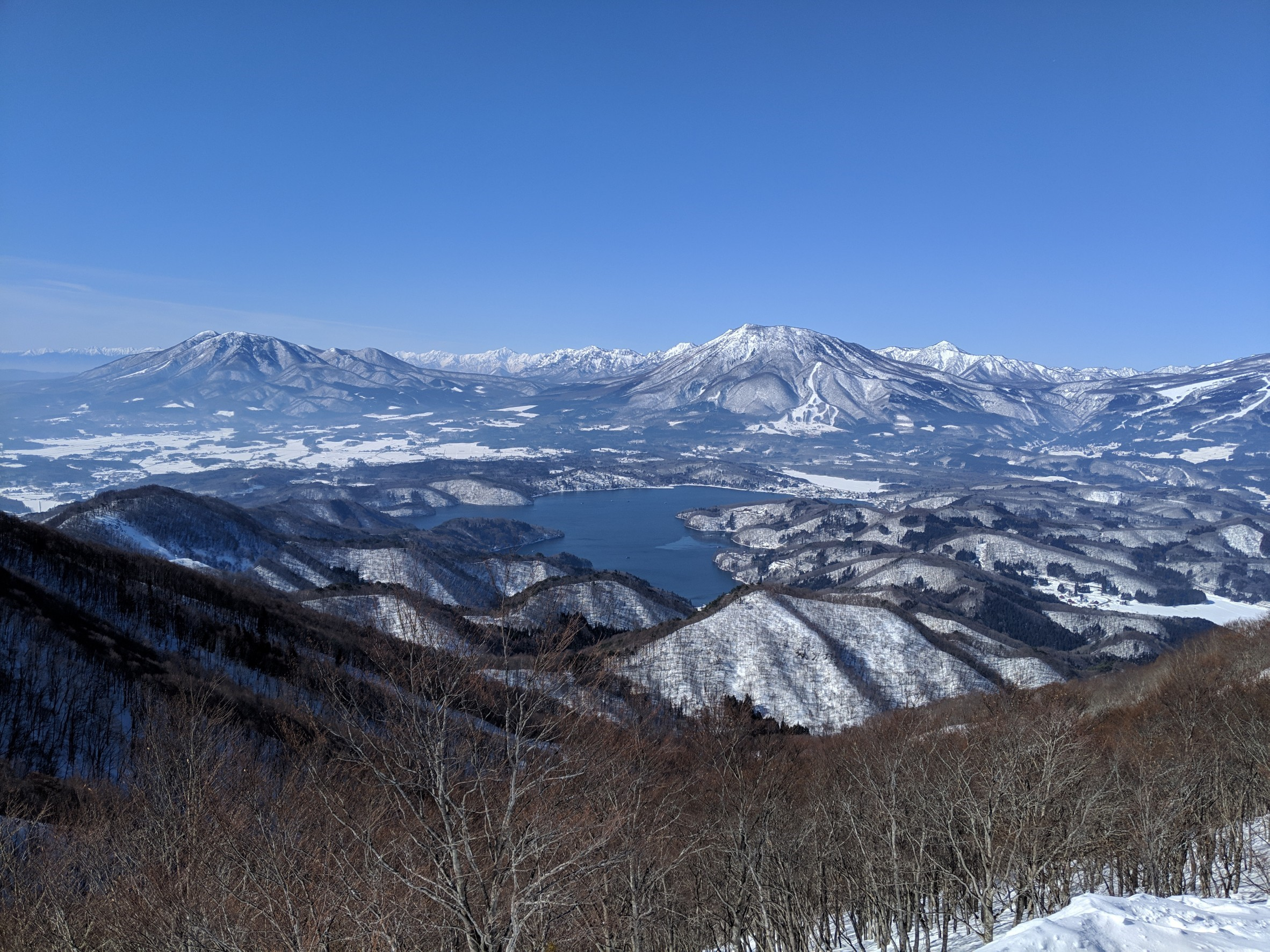 【スキー/スノボーたくさん滑りたいなら!】斑尾高原スキー場